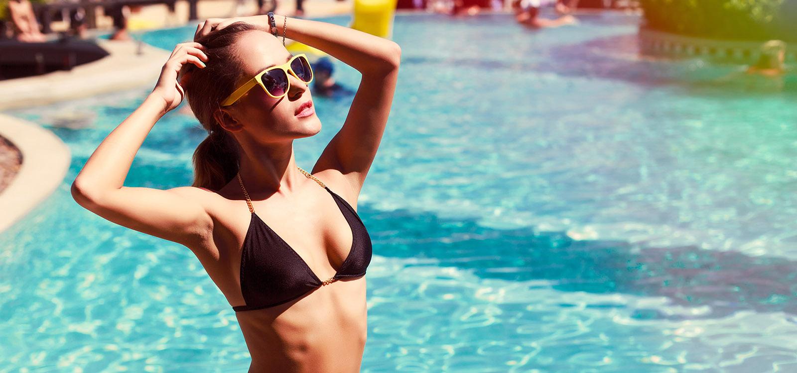 bikinigirlcrop